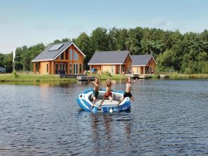 Holiday home Heel 99 with Outdoor Swimmingpool, Ferienhäuser  Heel - big - 10