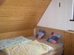 Holiday Home Szymbark with Fireplace I, Dovolenkové domy  Szymbark - big - 5