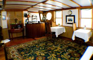 The Covington Inn Bed & Breakfast