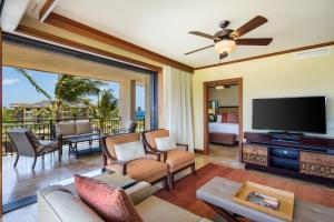 Deluxe Three-Bedroom Partial Ocean View Villa
