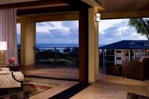 Deluxe Three-Bedroom Ocean View Villa