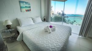 Premier Apartment with Sea View