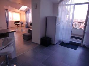 Family apartment with kitchen and shower, Ferienwohnungen  Truskavets - big - 4