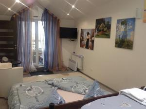 Family apartment with kitchen and shower, Ferienwohnungen  Truskavets - big - 9