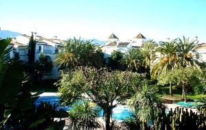 Hacienda Beach HB2016-4, Apartments  Estepona - big - 12