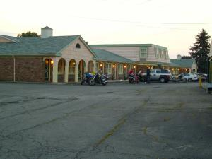Photo of Relax Inn   Shelby