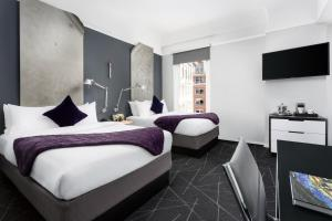 Signature Room with Two Double Beds