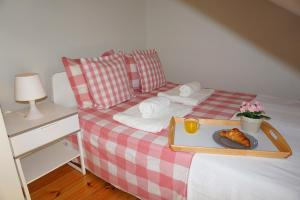 Cozy ATTIC up to 4 guests, Apartmány  Lisabon - big - 6