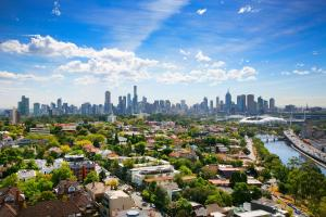 SUPERB 180degree VIEWS *POOL GYM PARKING WIFI, Apartmanok  Melbourne - big - 22