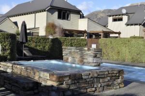 Luxury on Lansdown, Apartmanok  Wanaka - big - 26
