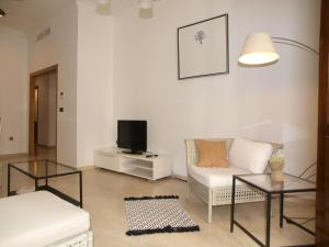 City Hall Square - Wolf, Apartmanok  Valencia - big - 20