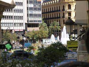 City Hall Square - Wolf, Apartmanok  Valencia - big - 15