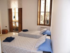 City Hall Square - Wolf, Apartmanok  Valencia - big - 30
