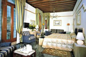 Junior Suite with Canal View