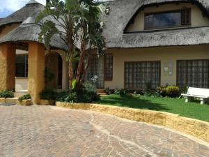 All over Africa Guest house, Guest houses  Kempton Park - big - 31