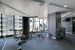 EPIC DESIGN Bay views *WIFI GYM POOL PARKING SAUNA, Appartamenti  Melbourne - big - 13
