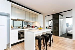 COMPLETE HOST Rose Lane CBD, Apartmány  Melbourne - big - 28