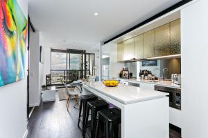 COMPLETE HOST Rose Lane CBD, Apartmány  Melbourne - big - 14
