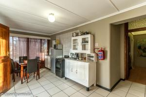Double and Twin Room with Kitchenette