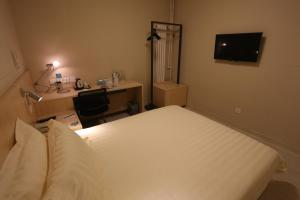 Business Double Room C