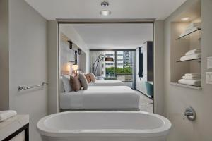 Deluxe Two Queen Room with City View