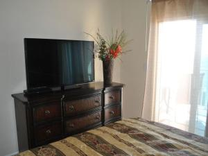 West Beach Boulevard Two-Bedroom Apartment, Apartmány  Gulf Shores - big - 4