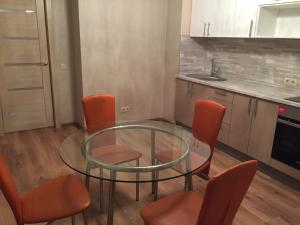 Apartment on Vrubelya 15, Apartmány  Samara - big - 5