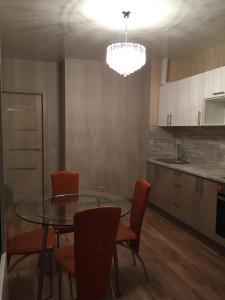 Apartment on Vrubelya 15, Appartamenti  Samara - big - 6