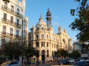 City Hall Square - Wolf, Apartmanok  Valencia - big - 40