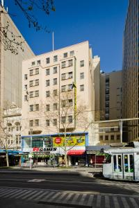 Econo Lodge City Square - Melbourne CBD, Victoria, Australia