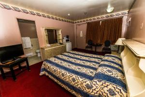 Classic Room with Two Double Beds - Smoking