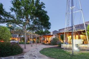 Wine Country Cottages on Main: Wine Thief, Holiday homes  Fredericksburg - big - 2