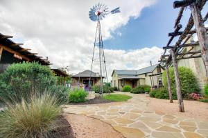 Wine Country Cottages on Main: Wine Thief, Holiday homes  Fredericksburg - big - 13
