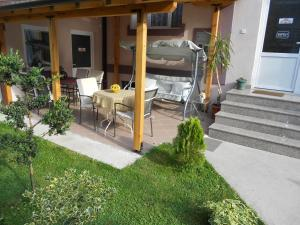 Guest House Via, Penziony  Bitola - big - 27