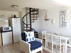Point Village Accommodation - Santos 7, Ferienwohnungen  Mossel Bay - big - 2