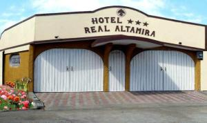 Photo of Hotel Real Altamira