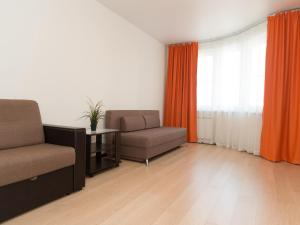 3 rooms 199 CrocusExpo, Apartments  Krasnogorsk - big - 1