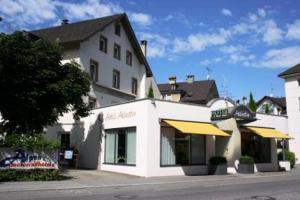 Hotel in Bregenz, Austria - Hotel Garni Helvetia. Click for more information and booking accommodation