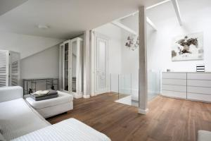Luxury Apartment in Old City, Apartments  Vilnius - big - 16