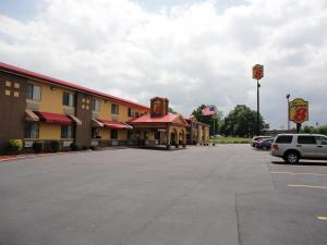Super 8 - Bowling Green, Ky