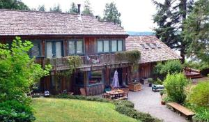 Photo of The Longhouse Bed & Breakfast
