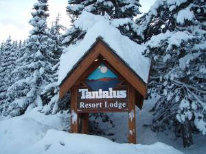 Tantalus Resort Lodge Whistler