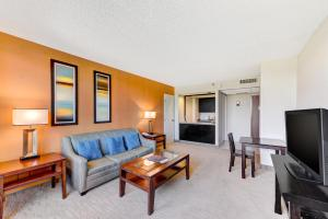 Studio Suite  - King Room and Sofabed