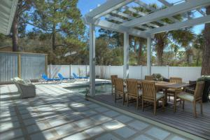 Transcendence by the Sea, Дома для отпуска  Seagrove Beach - big - 15