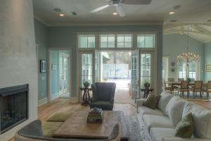 Transcendence by the Sea, Дома для отпуска  Seagrove Beach - big - 22