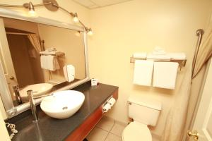Queen Room - Non-Smoking