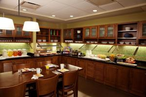Hyatt Place Chantilly Dulles Airport South, Отели  Шантилли - big - 16