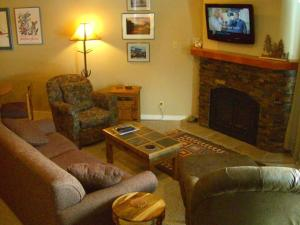 Eagles Nest By Crested Butte Lodging