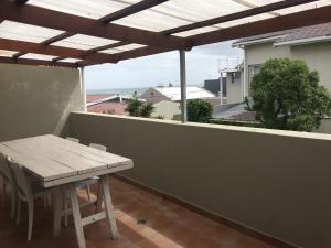 Double Room - 95 Mostert Street