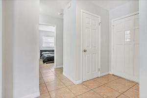 Prime Location , Private Pool , Located In Tampa, Holiday homes  Tampa - big - 5